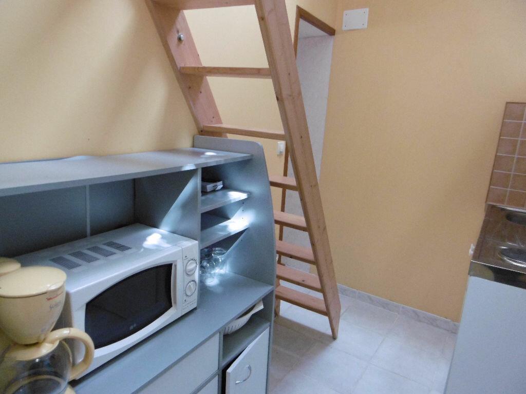 Appartement à louer 1 29m2 à Sully-sur-Loire vignette-2