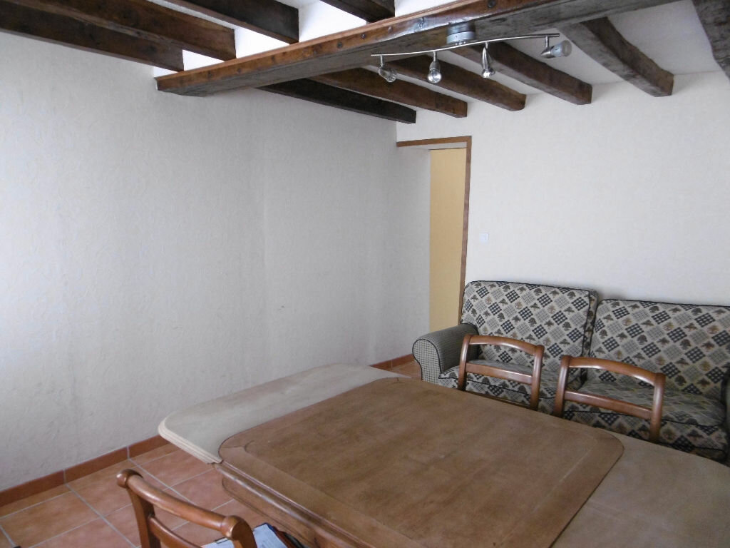 Appartement à louer 1 29m2 à Sully-sur-Loire vignette-3