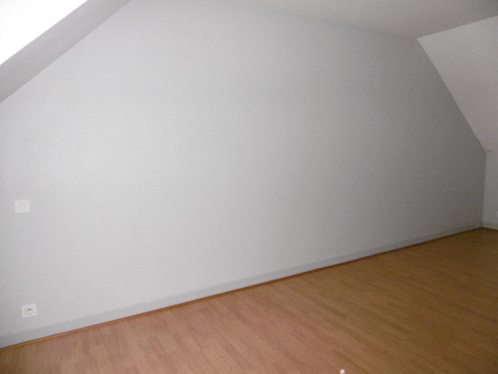 Appartement à louer 2 42m2 à Saint-Benoît-sur-Loire vignette-4