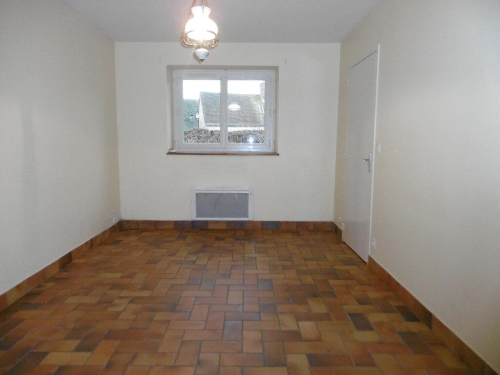 Appartement à louer 2 42m2 à Saint-Benoît-sur-Loire vignette-8