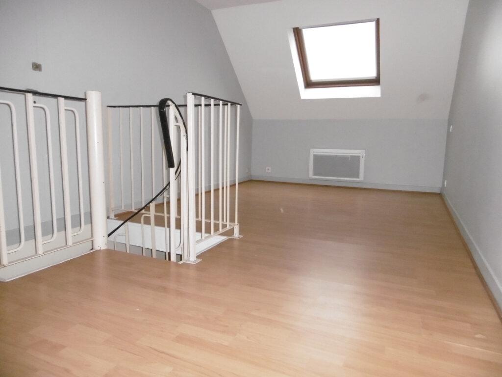 Appartement à louer 2 42m2 à Saint-Benoît-sur-Loire vignette-9