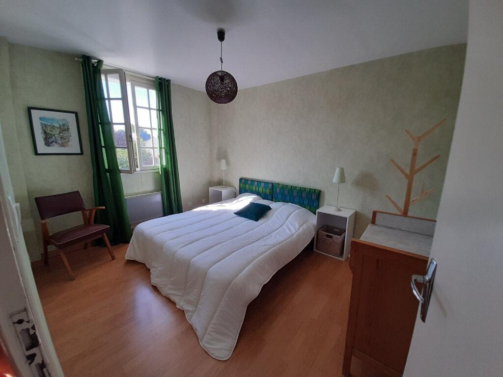 Appartement à louer 2 45m2 à Sully-sur-Loire vignette-3