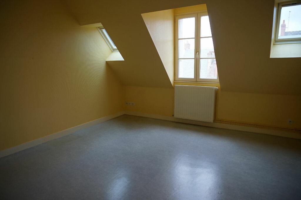 Appartement à louer 2 42m2 à Saint-Denis-de-l'Hôtel vignette-8