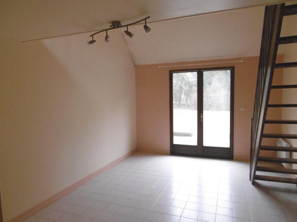 Appartement à louer 2 33m2 à Viglain vignette-3