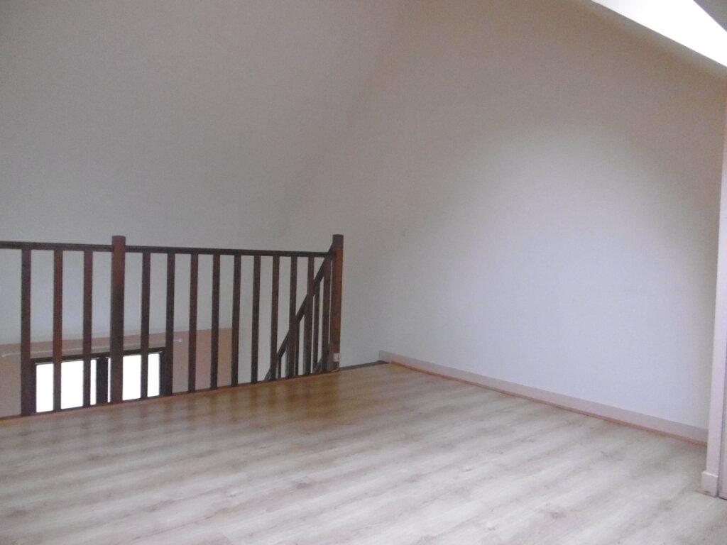 Appartement à louer 2 33m2 à Viglain vignette-7