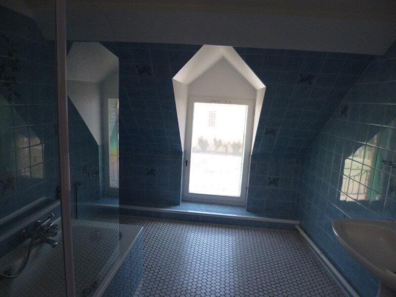 Appartement à louer 3 80m2 à Saint-Benoît-sur-Loire vignette-4