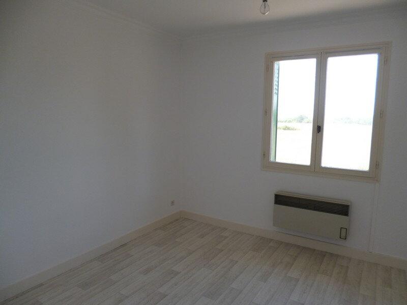 Appartement à louer 3 80m2 à Saint-Benoît-sur-Loire vignette-6