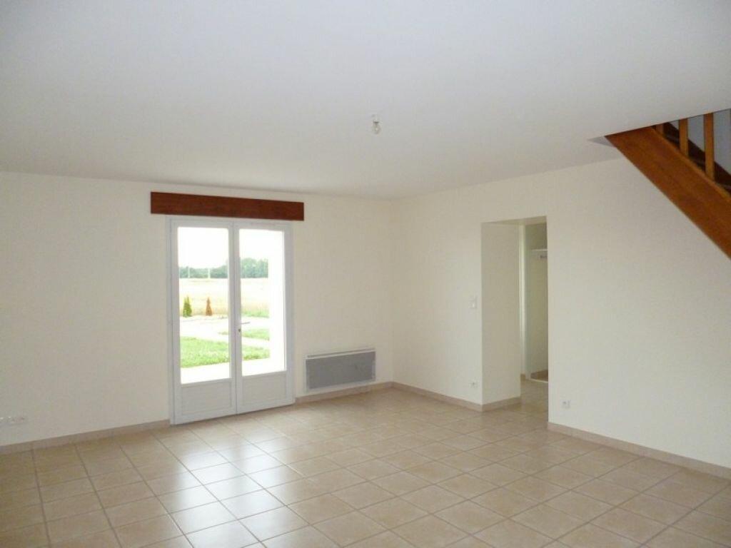 Maison à louer 4 85m2 à Bouzy-la-Forêt vignette-2