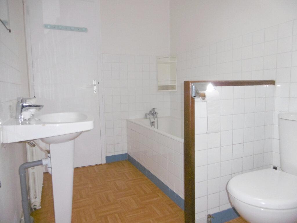 Appartement à louer 3 51m2 à Sully-sur-Loire vignette-4