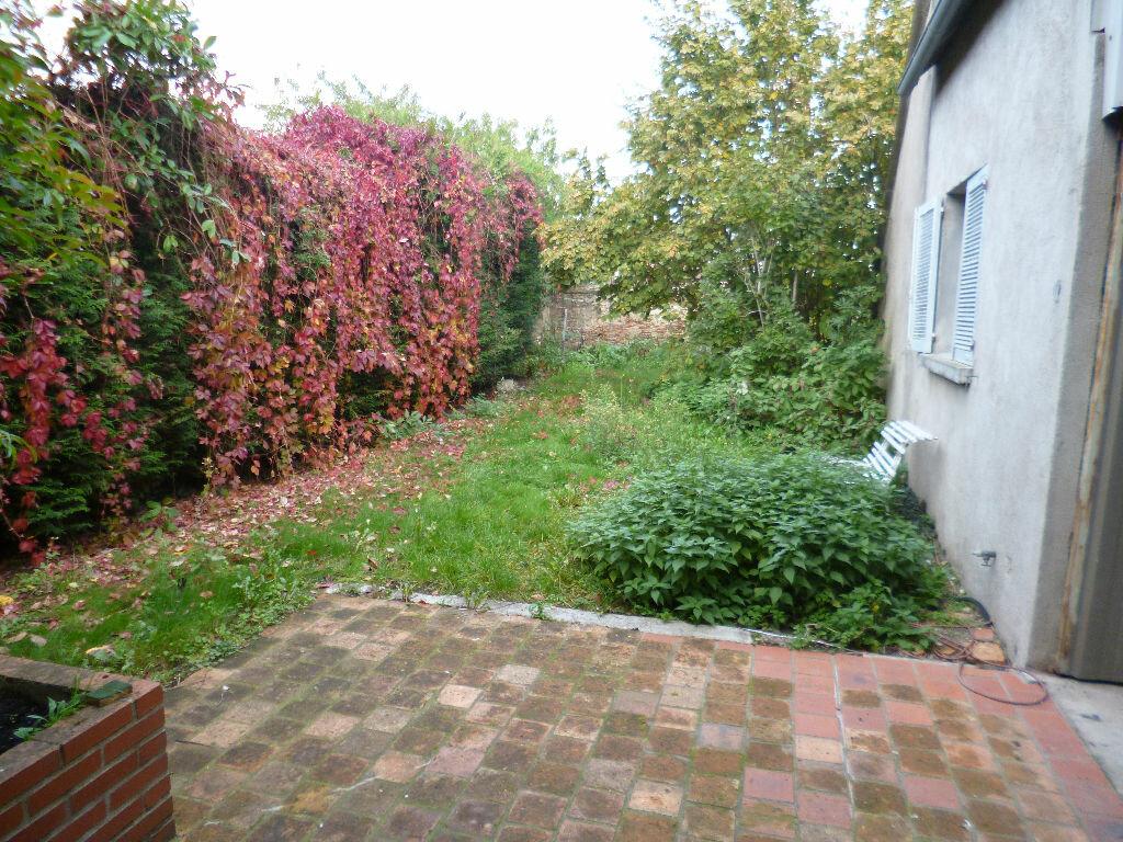 Maison à louer 3 74m2 à Saint-Benoît-sur-Loire vignette-9