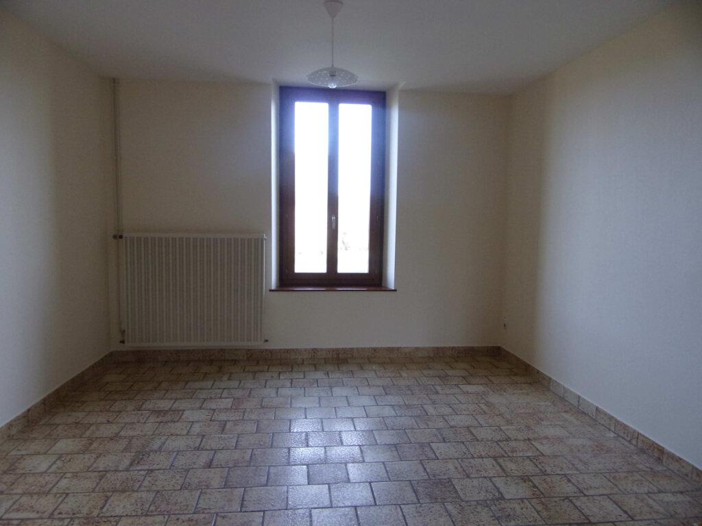 Maison à louer 4 90m2 à Montereau vignette-2