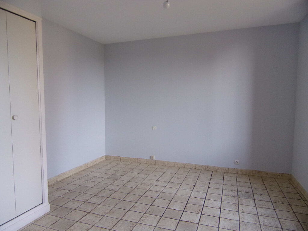Maison à louer 4 90m2 à Montereau vignette-5