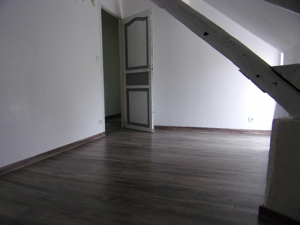 Maison à louer 3 93.42m2 à Ladon vignette-5