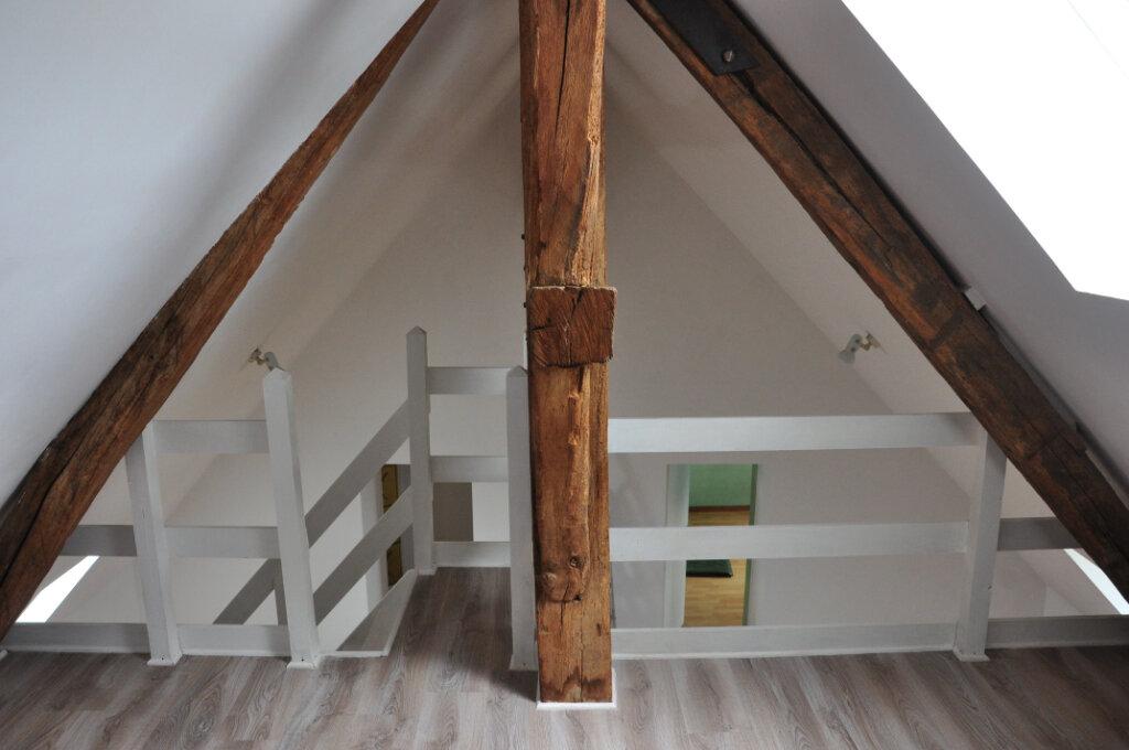 Appartement à louer 3 61.6m2 à Sully-sur-Loire vignette-1