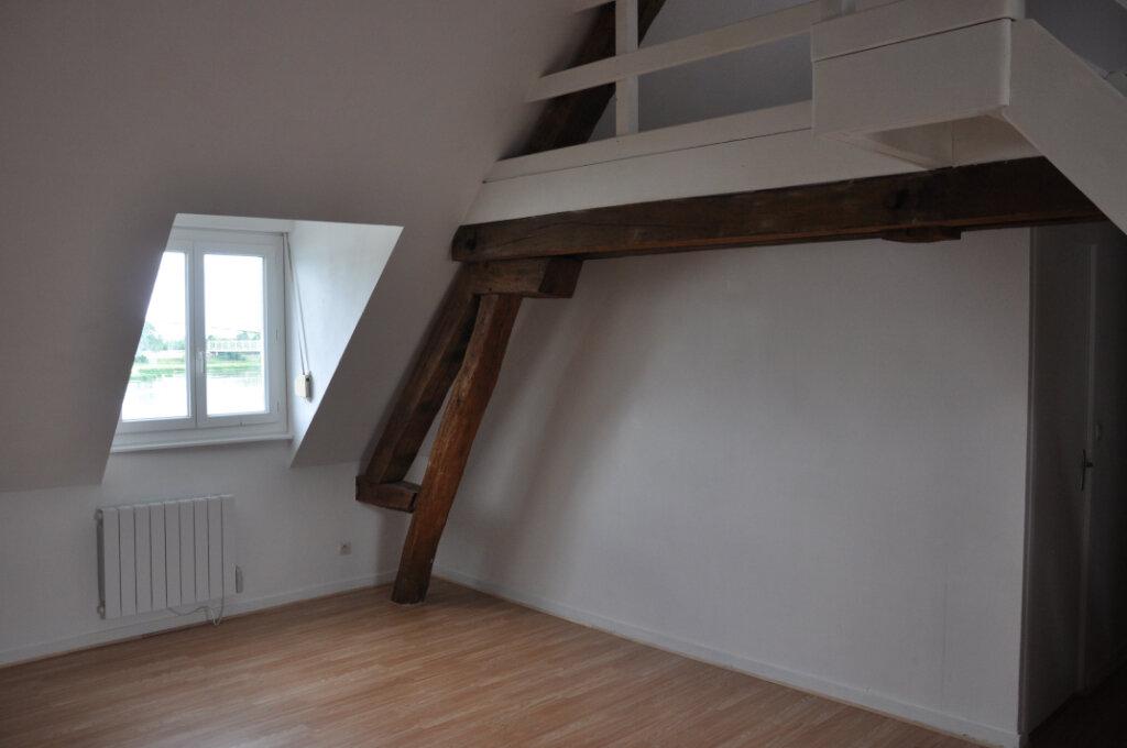Appartement à louer 3 61.6m2 à Sully-sur-Loire vignette-3