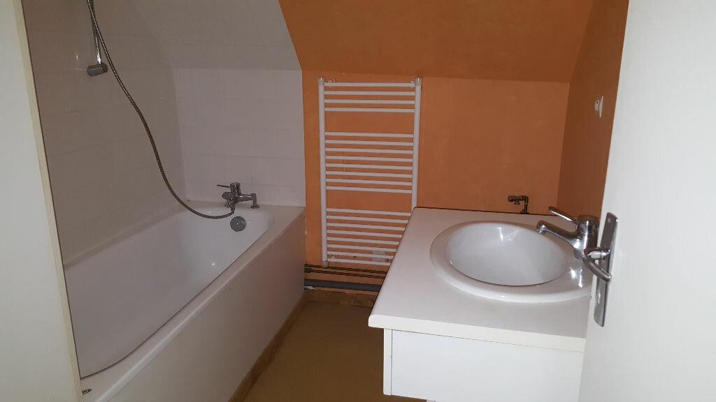 Appartement à louer 3 61.6m2 à Sully-sur-Loire vignette-4