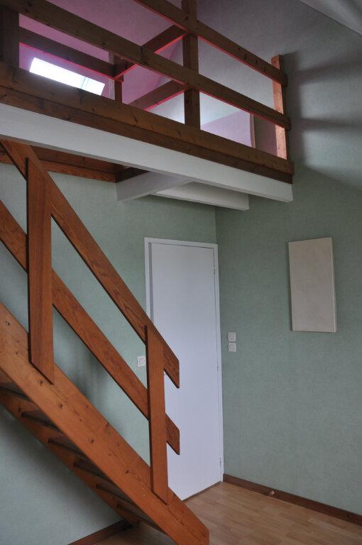 Appartement à louer 3 61.6m2 à Sully-sur-Loire vignette-11