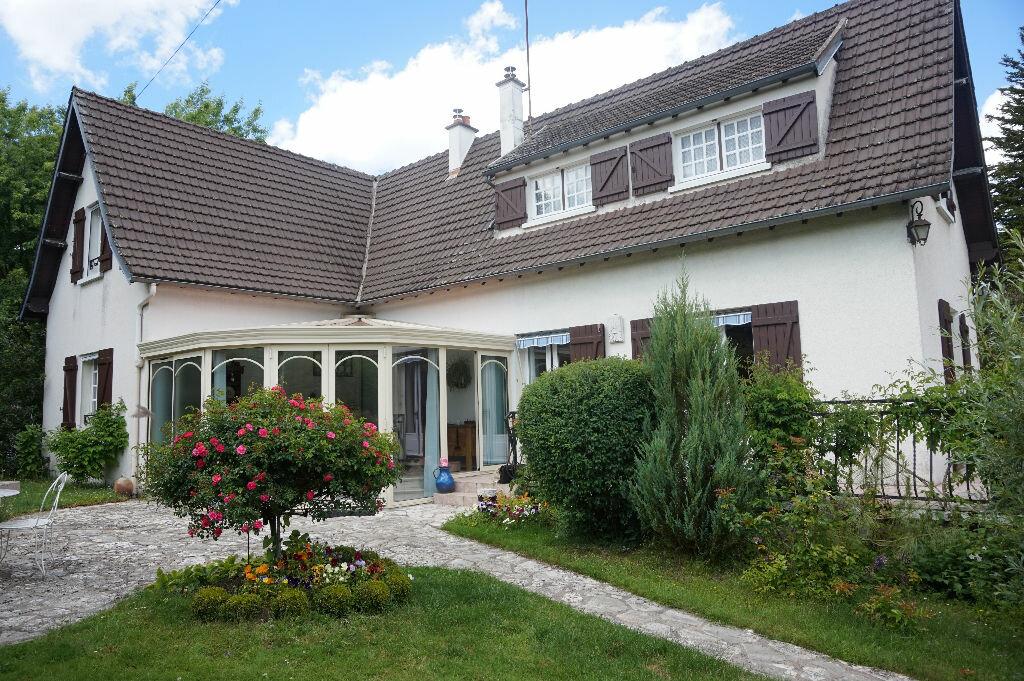 Maison à vendre 7 145m2 à Rogny-les-Sept-Écluses vignette-1