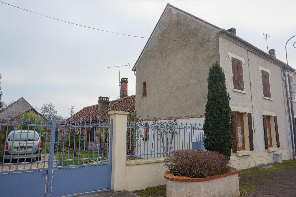 Maison à vendre 5 112m2 à Rogny-les-Sept-Écluses vignette-1