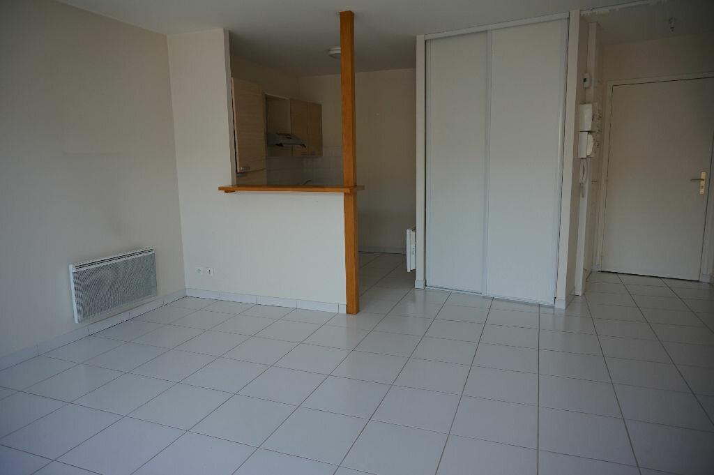 Appartement à louer 3 54m2 à Châteauneuf-sur-Loire vignette-1