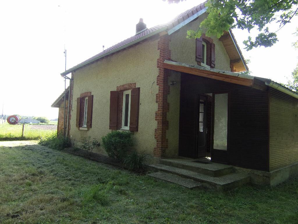 Maison à louer 4 66.88m2 à Coudroy vignette-1