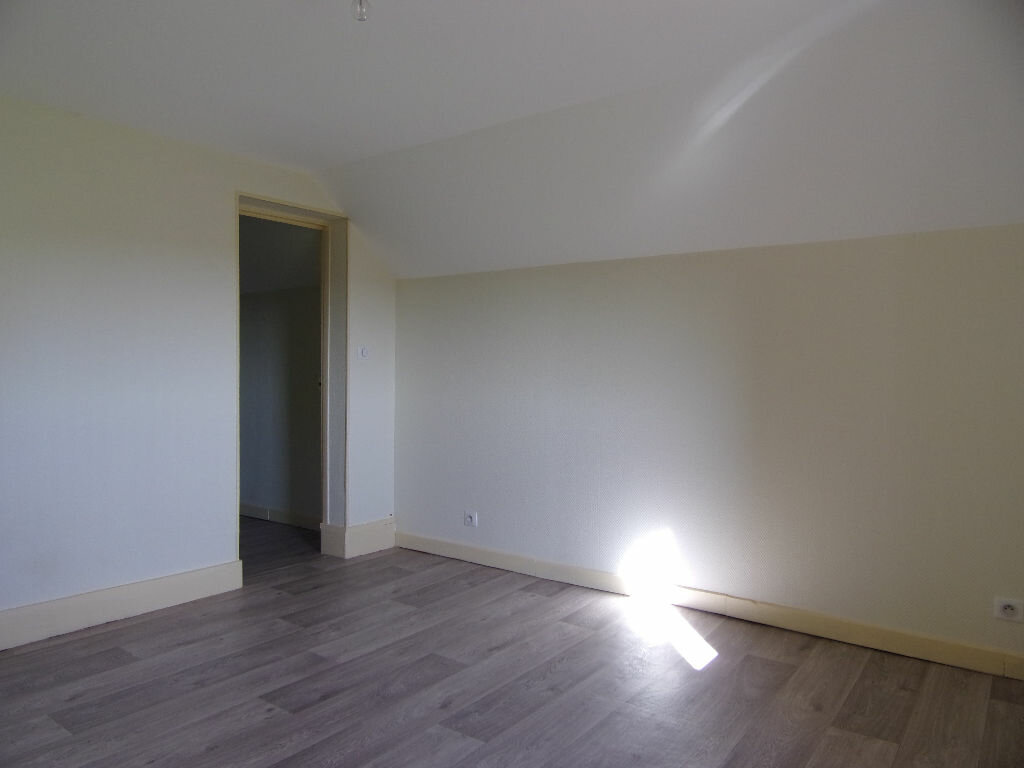 Maison à louer 4 66.88m2 à Coudroy vignette-6