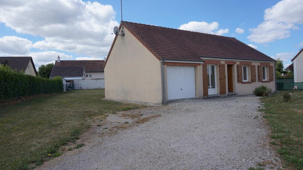 Maison à louer 5 84.7m2 à Bellegarde vignette-1