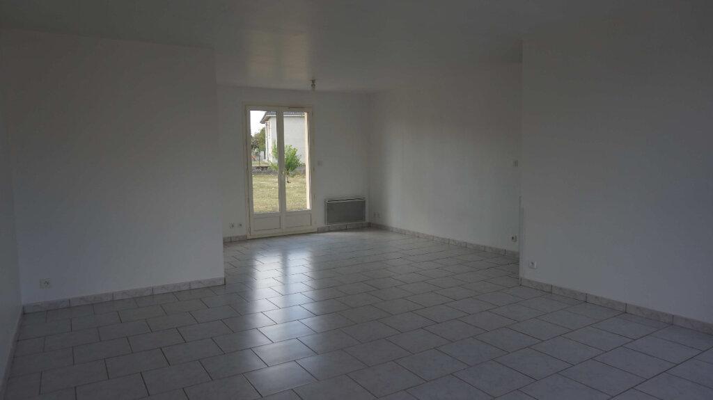 Maison à louer 5 84.7m2 à Bellegarde vignette-3