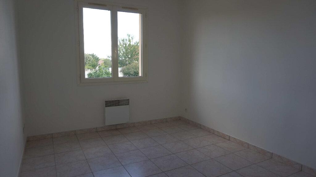 Maison à louer 5 84.7m2 à Bellegarde vignette-6