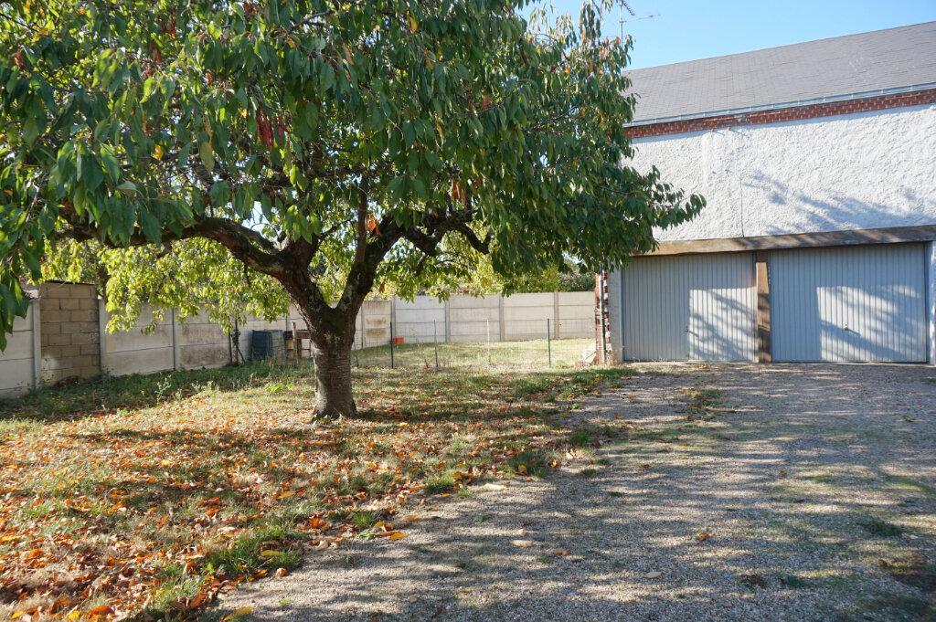 Maison à vendre 5 155m2 à Bellegarde vignette-10