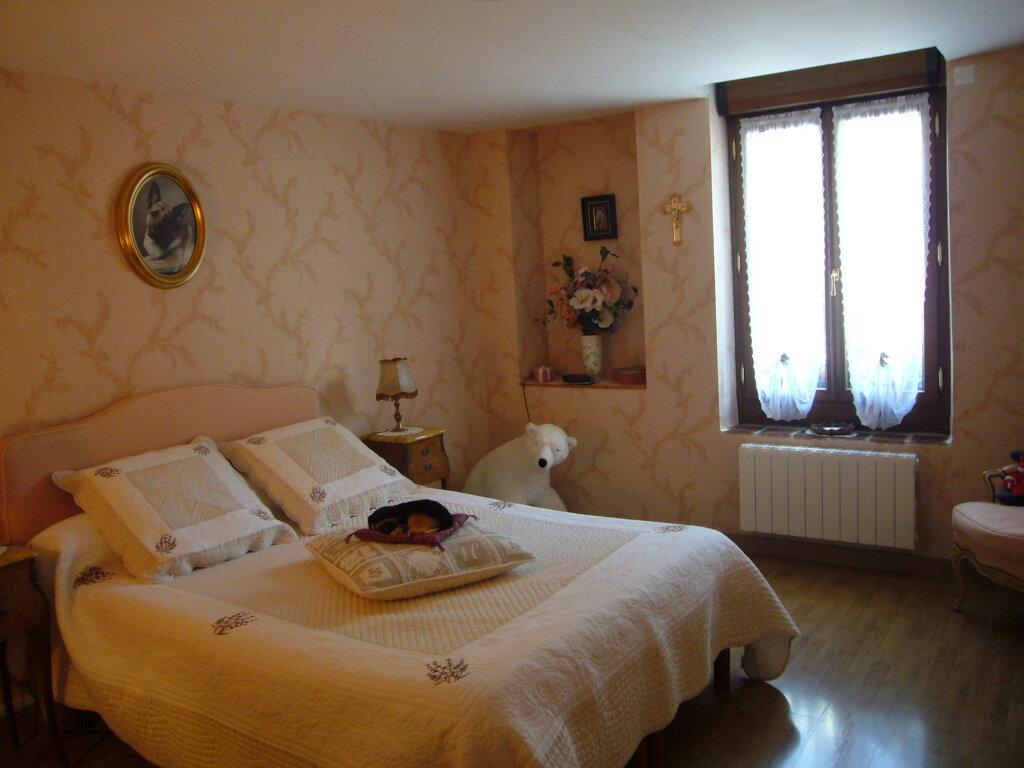 Maison à vendre 9 232m2 à Saint-Aignan-le-Jaillard vignette-7