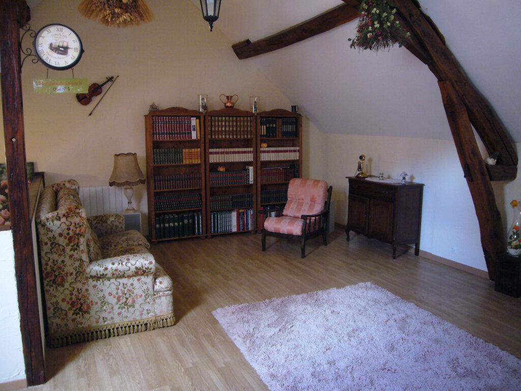 Maison à vendre 9 232m2 à Saint-Aignan-le-Jaillard vignette-8
