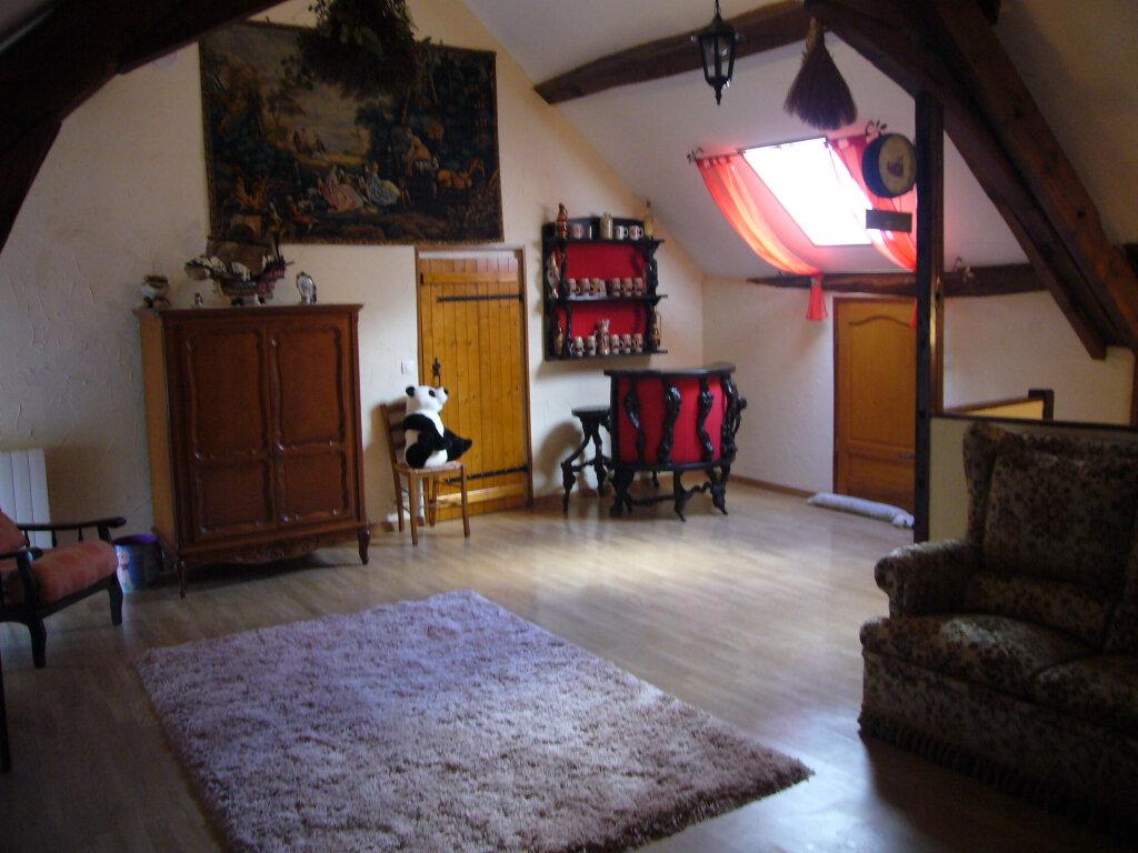 Maison à vendre 9 232m2 à Saint-Aignan-le-Jaillard vignette-9