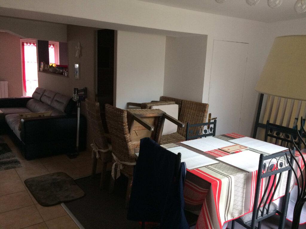 Appartement à vendre 3 47.79m2 à Lorris vignette-4