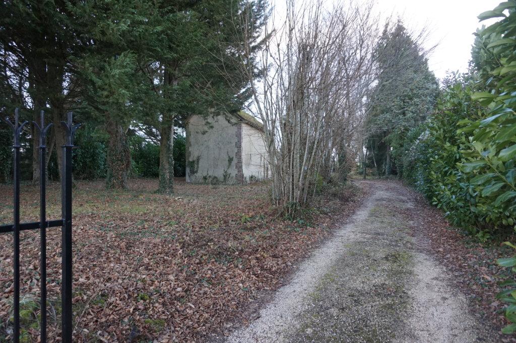 Maison à vendre 4 147m2 à Ivoy-le-Pré vignette-18