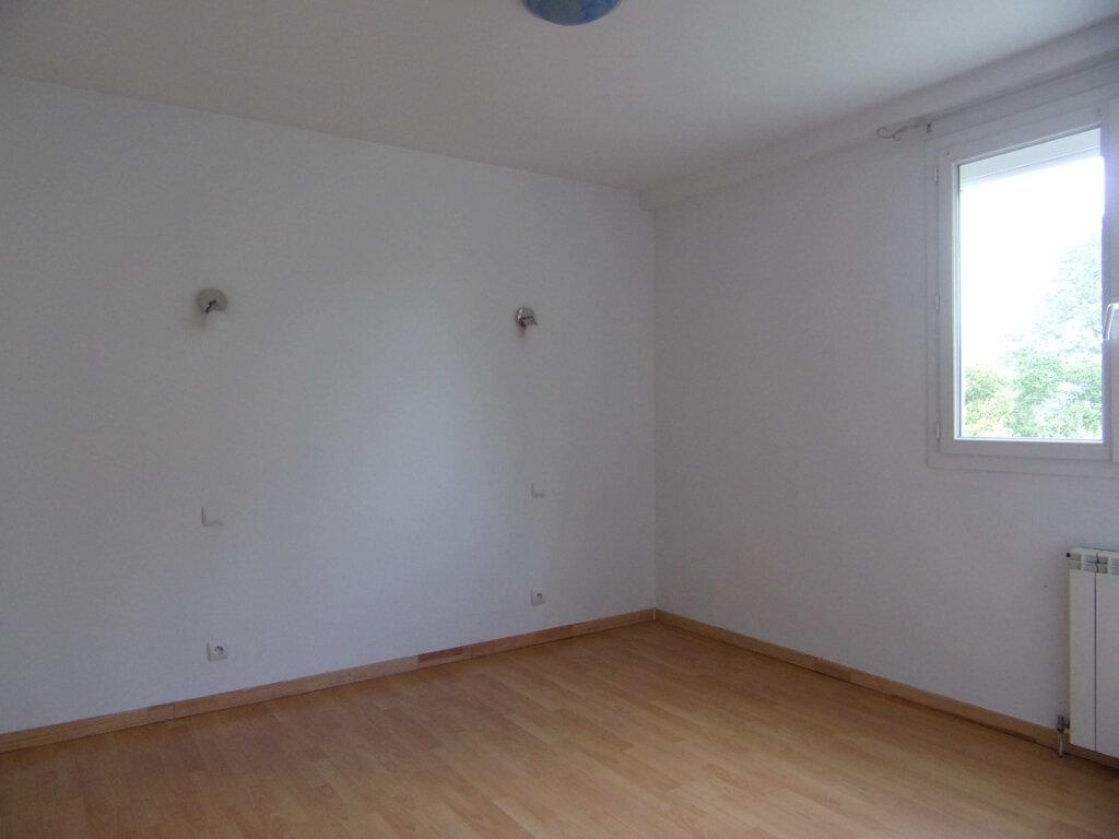 Maison à louer 3 69.04m2 à Dammarie-sur-Loing vignette-5