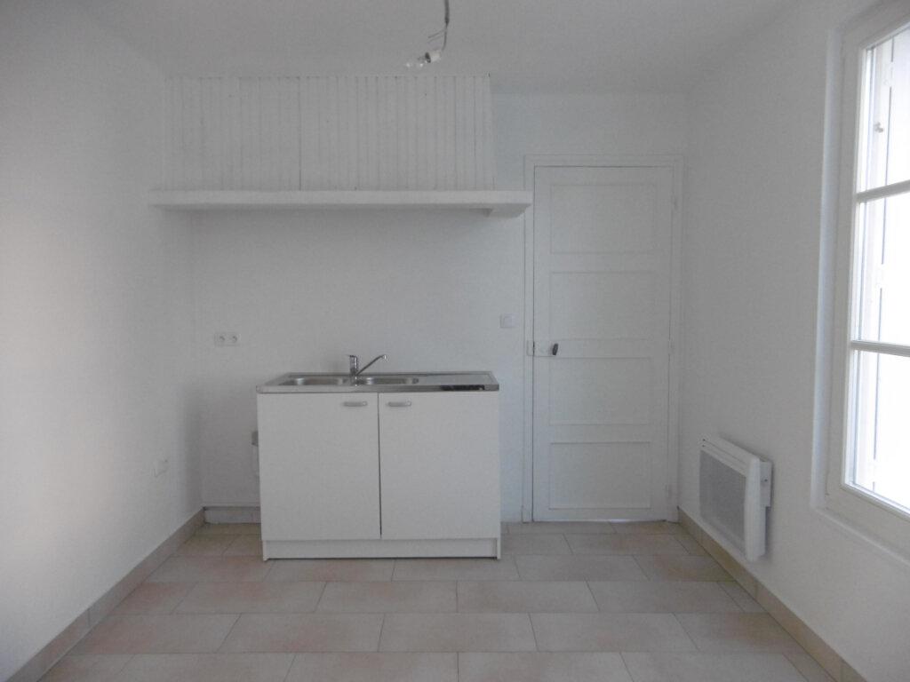 Maison à louer 3 73m2 à Saint-Père-sur-Loire vignette-4