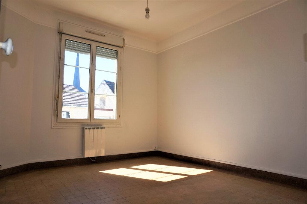 Maison à vendre 4 86m2 à Sully-sur-Loire vignette-5