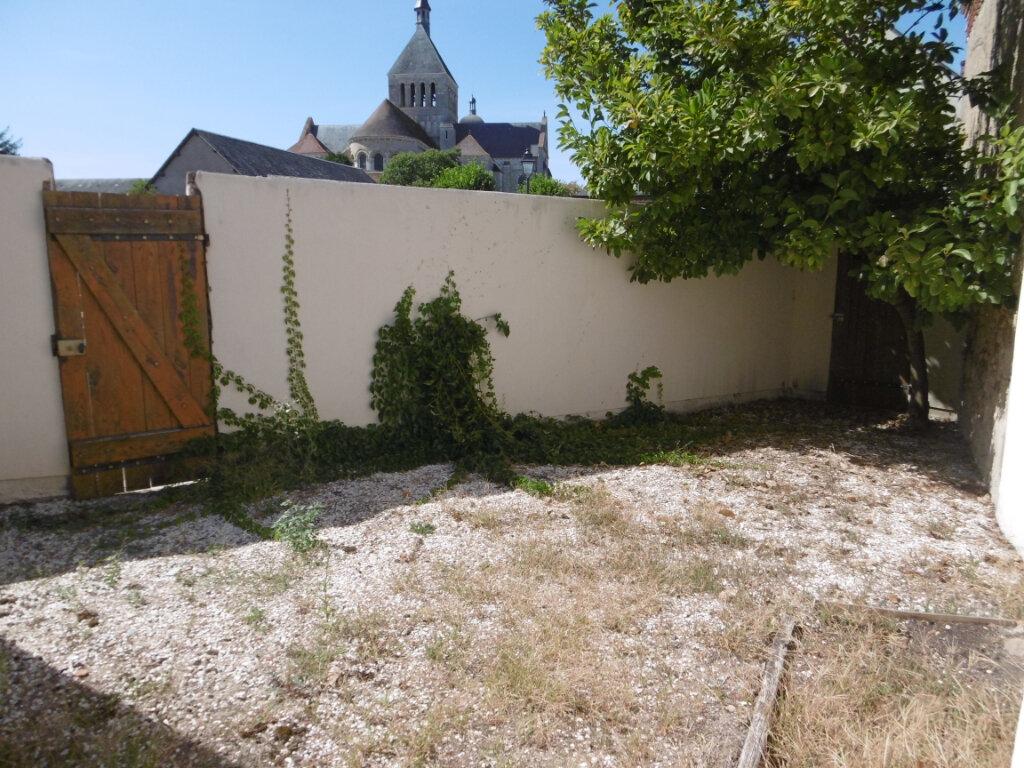 Maison à louer 3 84m2 à Saint-Benoît-sur-Loire vignette-2