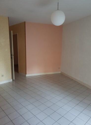 Appartement à louer 3 65m2 à Châteauneuf-sur-Loire vignette-1
