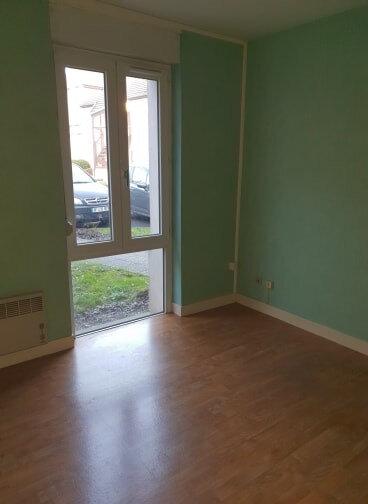 Appartement à louer 3 65m2 à Châteauneuf-sur-Loire vignette-2