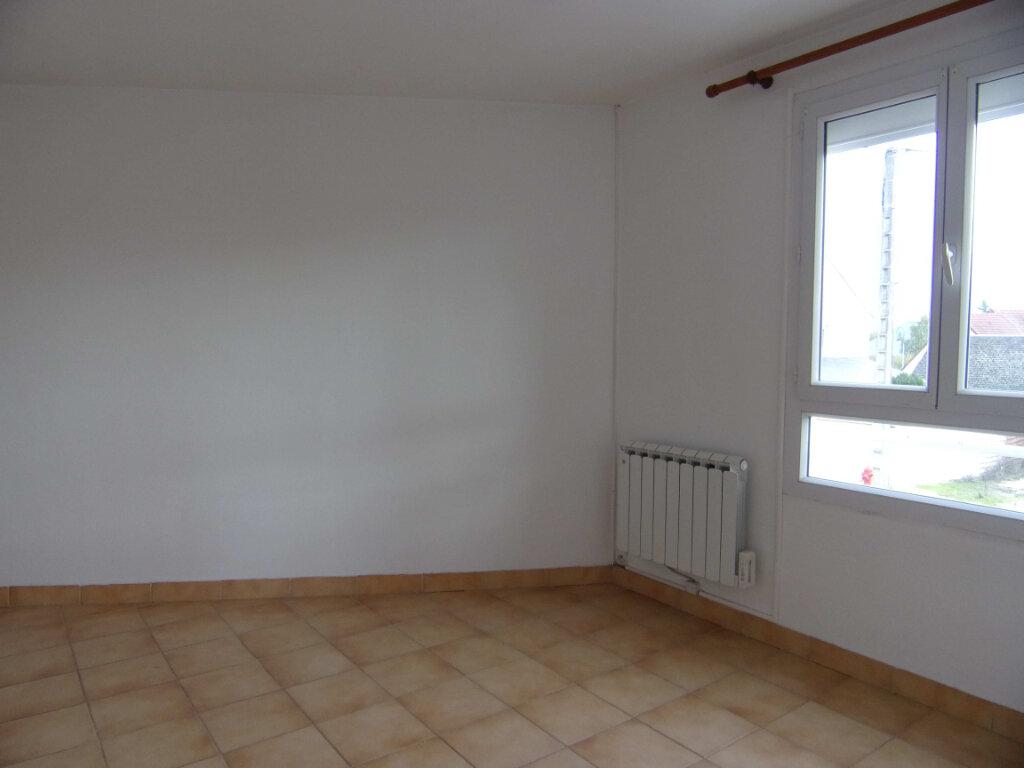 Appartement à louer 2 38.56m2 à Bellegarde vignette-3