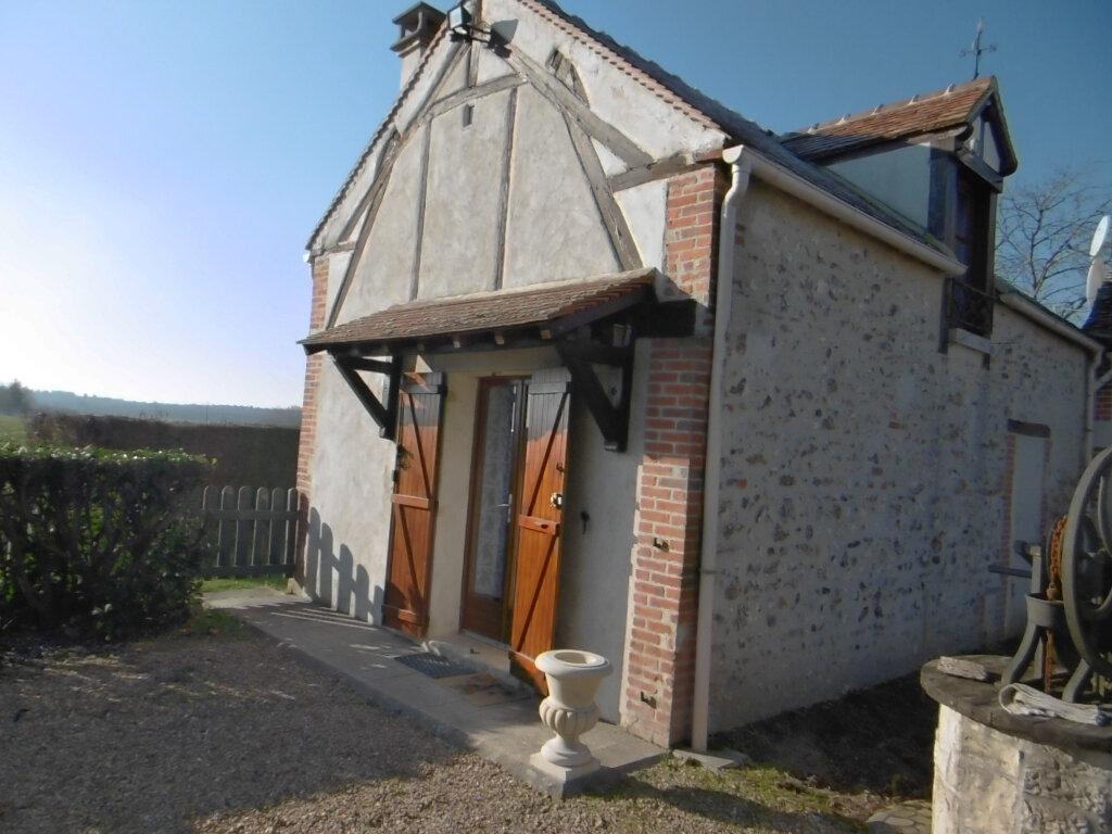 Maison à louer 2 35m2 à Sully-sur-Loire vignette-1