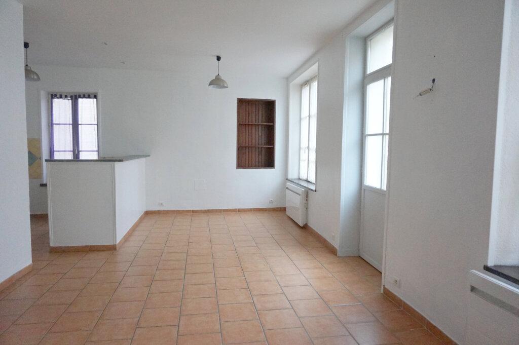 Maison à louer 3 82.7m2 à Saint-Benoît-sur-Loire vignette-2
