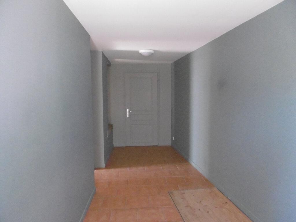 Maison à louer 3 82.7m2 à Saint-Benoît-sur-Loire vignette-6