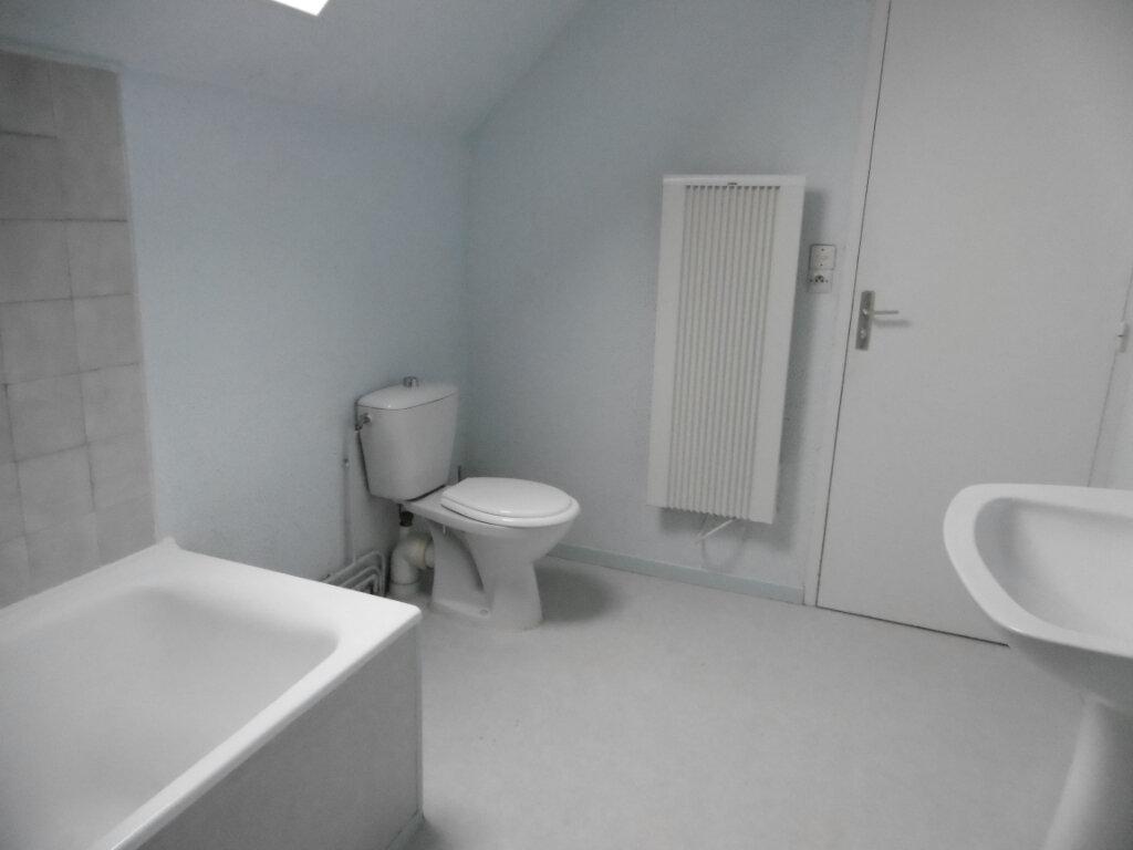 Maison à louer 5 98m2 à Saint-Benoît-sur-Loire vignette-5