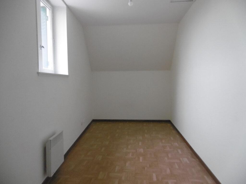 Maison à louer 5 98m2 à Saint-Benoît-sur-Loire vignette-8