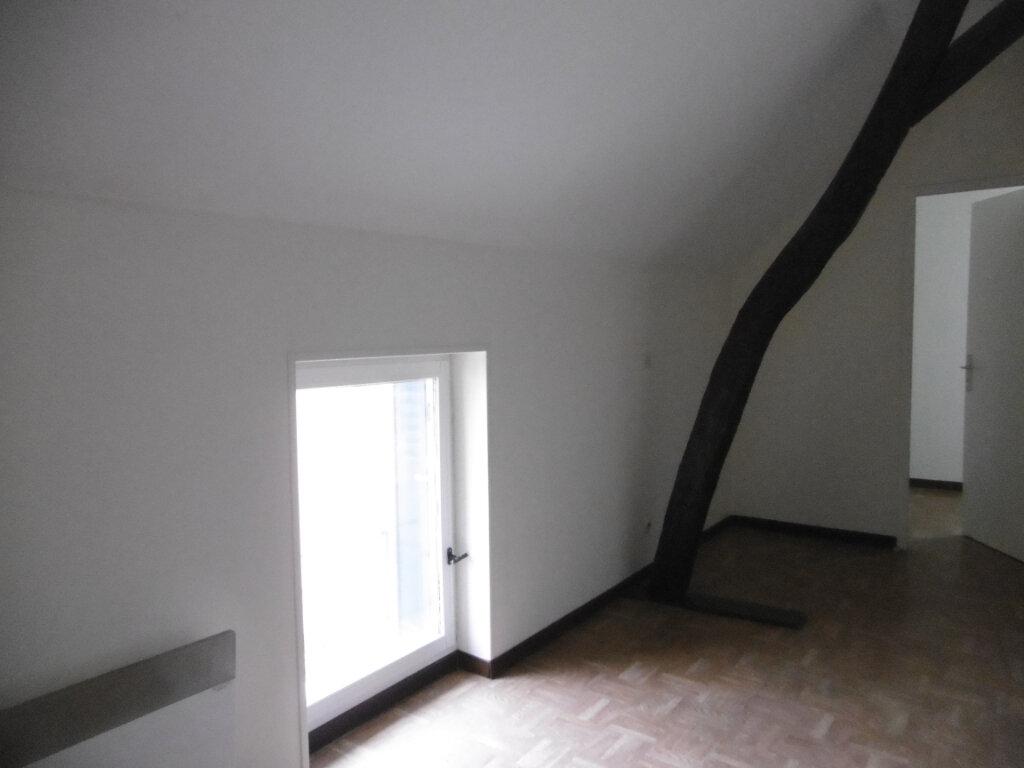 Maison à louer 5 98m2 à Saint-Benoît-sur-Loire vignette-9