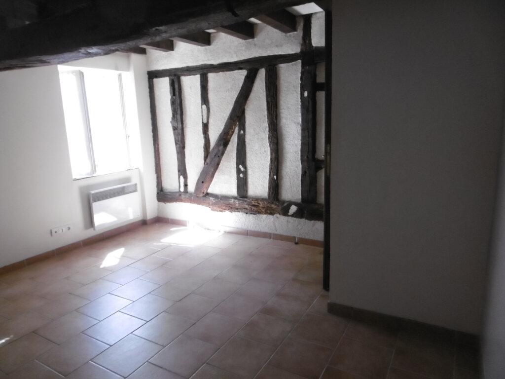 Maison à louer 3 84m2 à Saint-Benoît-sur-Loire vignette-4