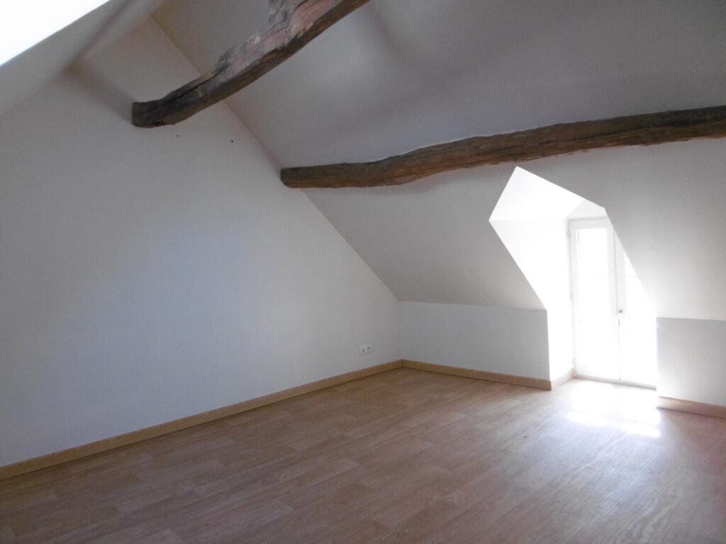 Maison à louer 3 84m2 à Saint-Benoît-sur-Loire vignette-11